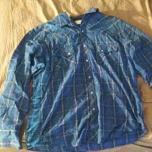 Wrangler long sleeve flannel